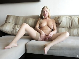 big tits porntrex blonde